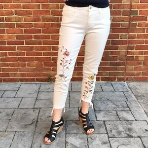 Miss Me Embroidered White Floral Skinny Jeans